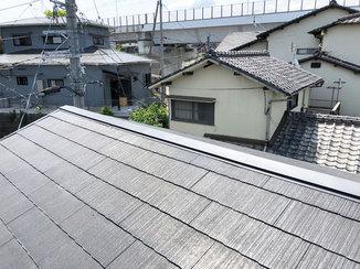 外壁・屋根リフォーム 腐食して飛んでしまった部分を補修した屋根