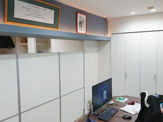 トイレリフォーム 間接照明やアクセントクロスがオシャレな明るいオフィス
