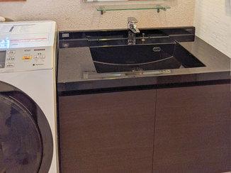 洗面リフォーム ホテルのような高級感のある洗面台