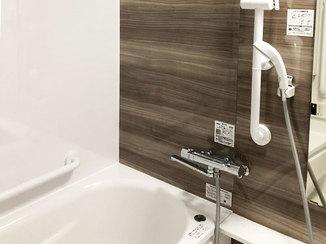 バスルームリフォーム 介護保険を利用したお風呂と洗面所のリフォーム