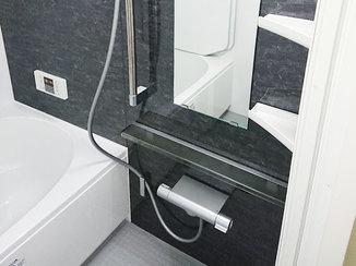 バスルームリフォーム 二辺に梁があるマンションの浴室を、最新のシステムバスルームへリフォーム