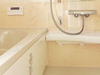 バスルームリフォーム お掃除がしやすい機能的なお風呂