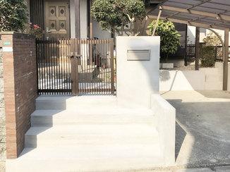 エクステリアリフォーム 安全に昇り降りできるアプローチ階段&白くきれいな塀